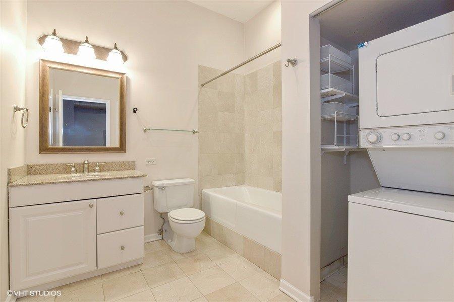 23_1448NOrleans_8_Bathroom_LowRes