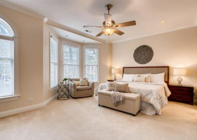 P_1542316141099_1816_W_Newport_Chicago_IL_large_014_13_2nd_Floor_Master_Bedroom_1498x1000_72dpi