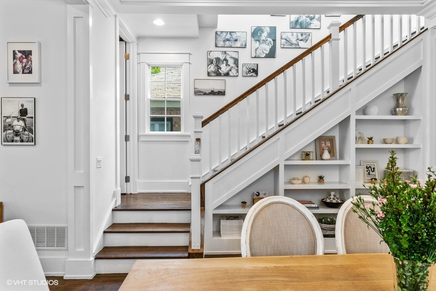 07_2115WWarnerAve_68_Staircase_LowRes